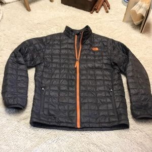North Face Thermoball puffer jacket - new cond XL